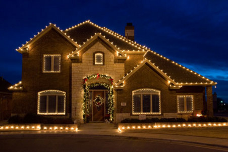 A Real Estate Christmas Decorating Client 39 S Homes For The