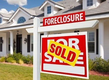 foreclosure-market-realtytrac-us-foreclosure-short-sales-report-darren-blomquist-distressed-property-sales-short-sales-foreclosure-sales