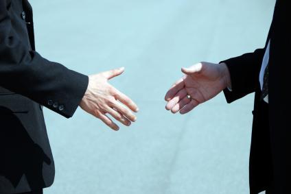 trust-make-clients-trust-your-brand-presentation-social-media-video