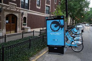 divvy-bike-station-pine-grove-chicago