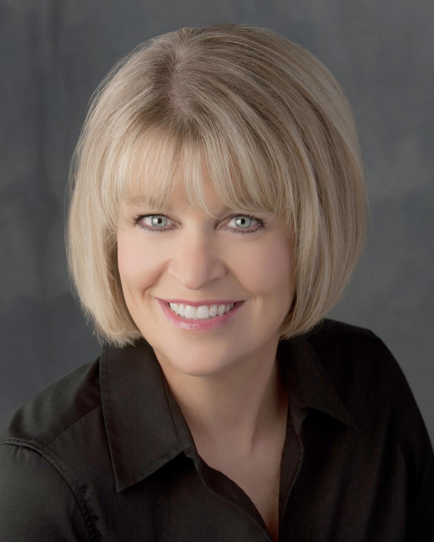 Christine Davis Net Worth