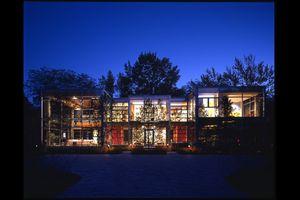 thomas-roszak-glass-home-northfield-chicago-modern-home-tour