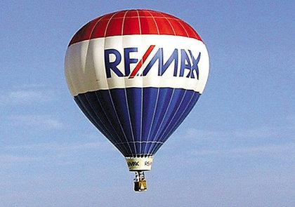 remax-ipo-real-estate-investment-housing-recovery