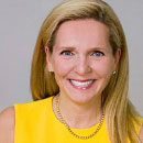 Jennifer Mills Klatt is the  team leading broker with BHHS KoenigRubloff Realty Group in Chicago