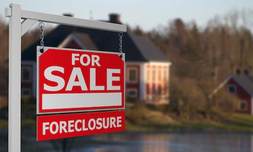 foreclosure-REO-April-2015-RealtyTrac