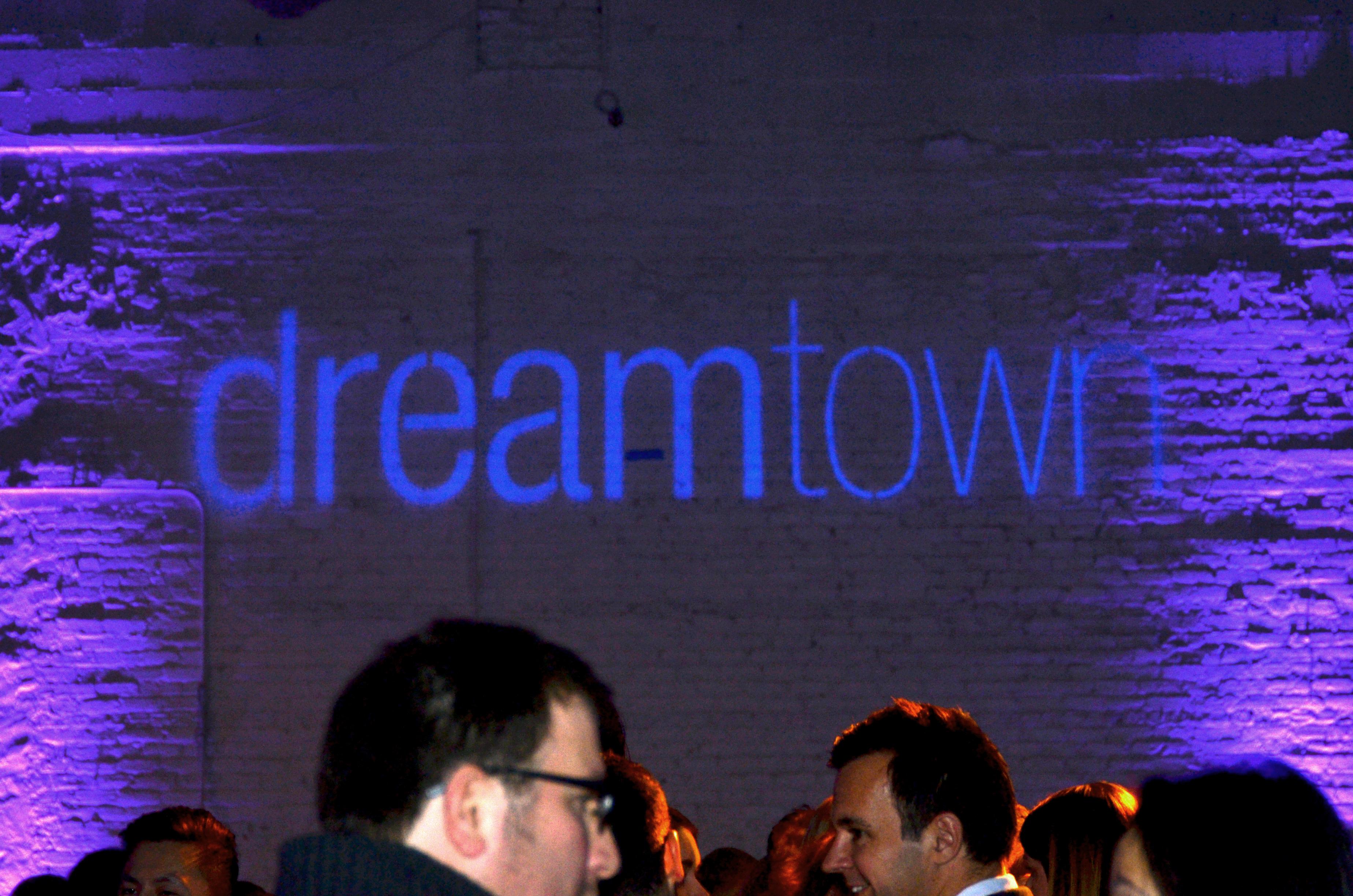 000.Dreamtown-jpg.jpg