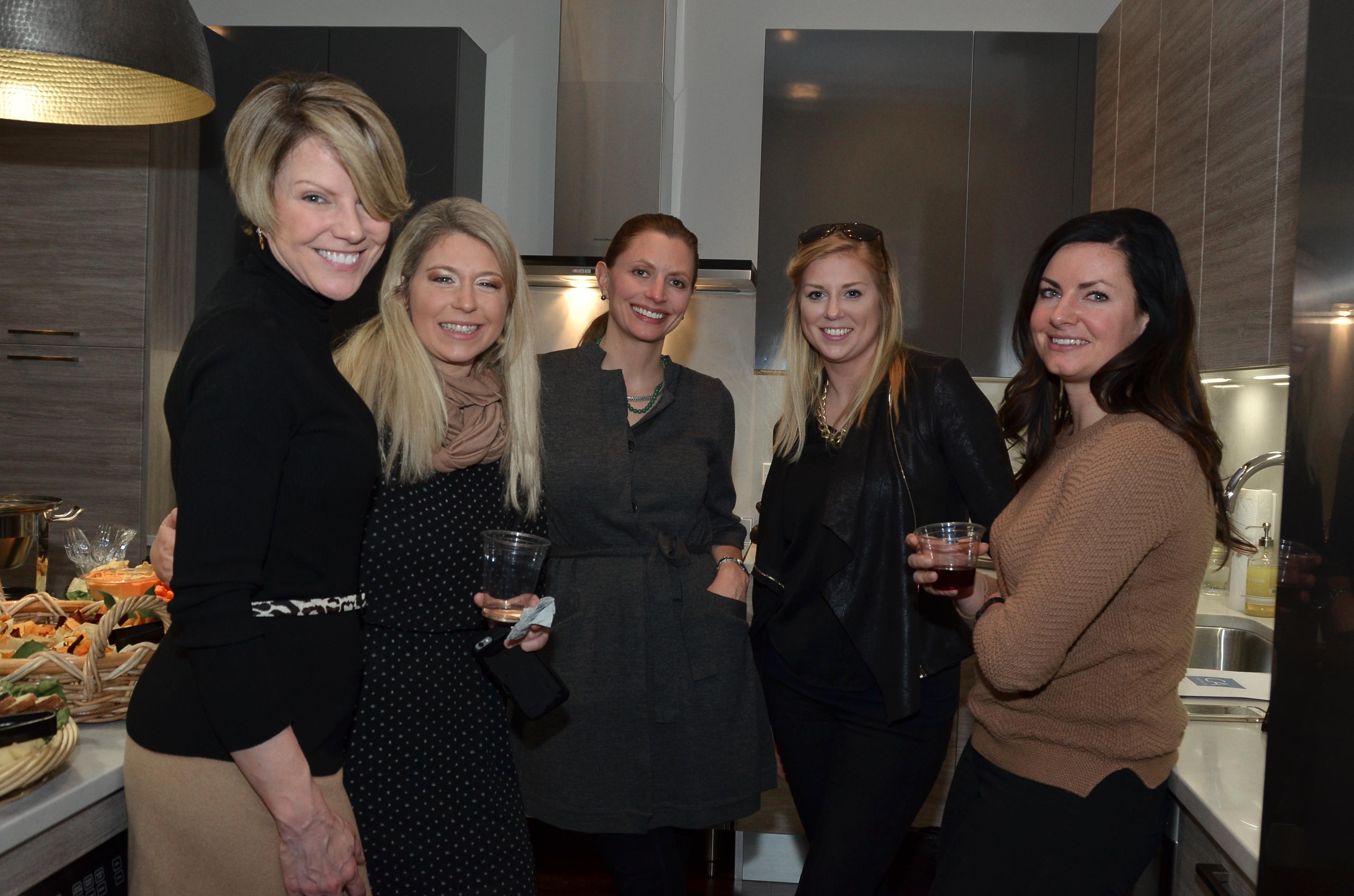 036-Liz-Brooks-Julie-Busby-Pamela-Moran-Abby-Carr-Amanda-Mason-JPG.jpg