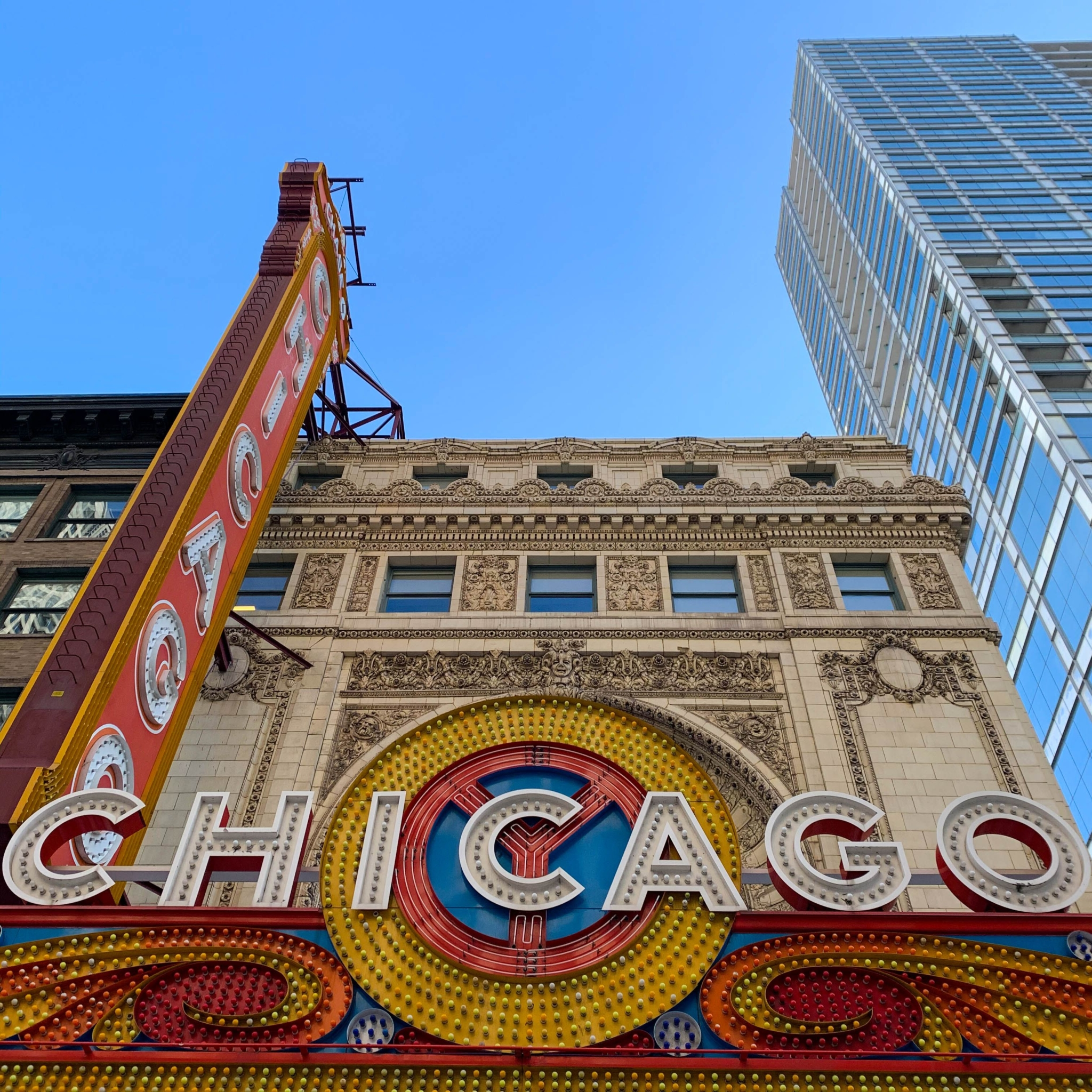 chicago-theater-scaled.jpeg